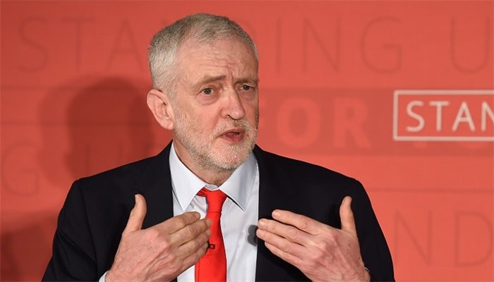General election manifesto: Labour announces £11bn windfall tax on oil and gas