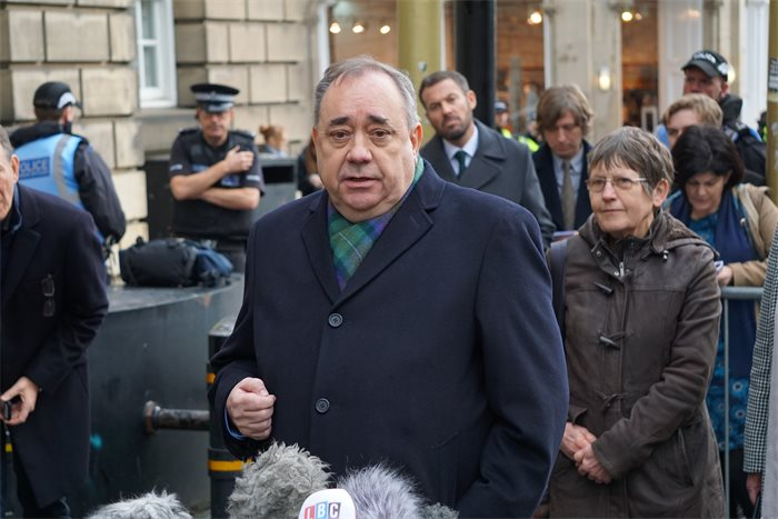 Alex Salmond offers to take on Scottish Government in court a second time