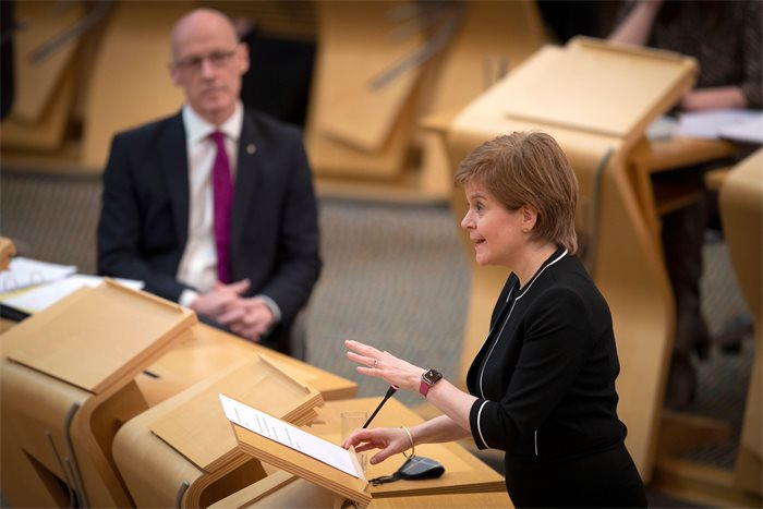 Nicola Sturgeon survives vote of no confidence