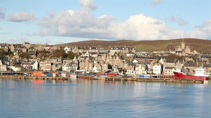 Shetland recommended as location for ultra-deep water decommissioning port