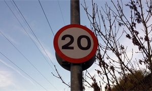 Three quarters of Scots support 20mph speed limit in towns