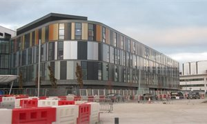 Review of Edinburgh children's hospital build finds some records 'could not be found'
