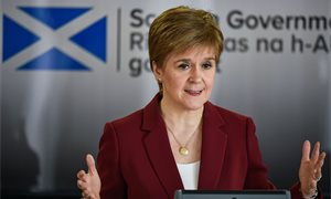 Nicola Sturgeon apologises to pupils over exam results