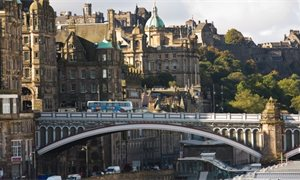 City of Edinburgh Council votes to ban advertising A-boards in the capital