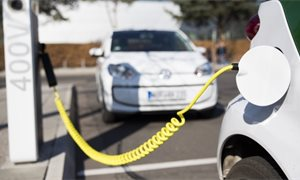 £16.7m Scottish Government funding for electric vehicle charging points and green buses